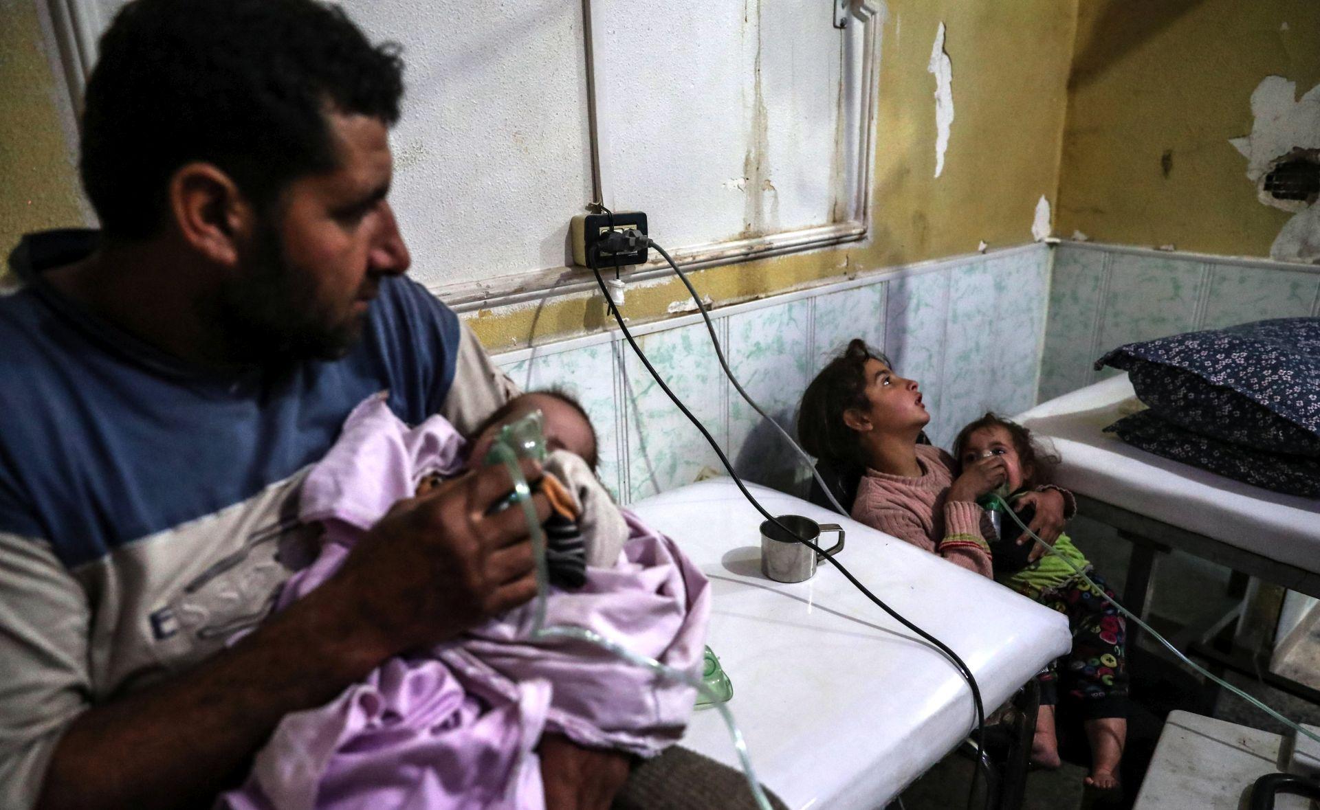"""SOHR """"Sirijski režim izveo novi kemijski napad blizu Damaska"""""""