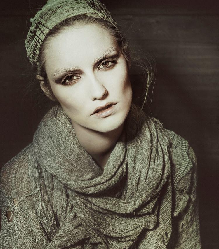 FOTO: UNAESTHETIK Pomalo drugačija modna priča 'Post Festum'