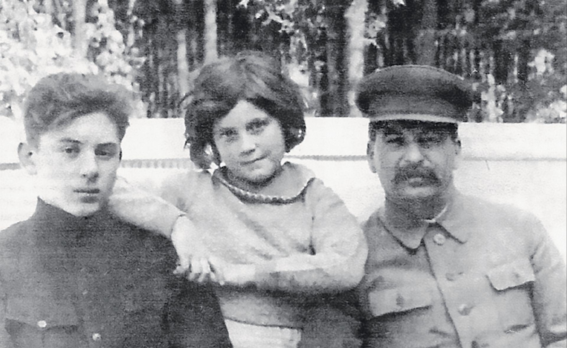 'Moj otac Staljin umirao je pet dana u najstrašnijim mukama'