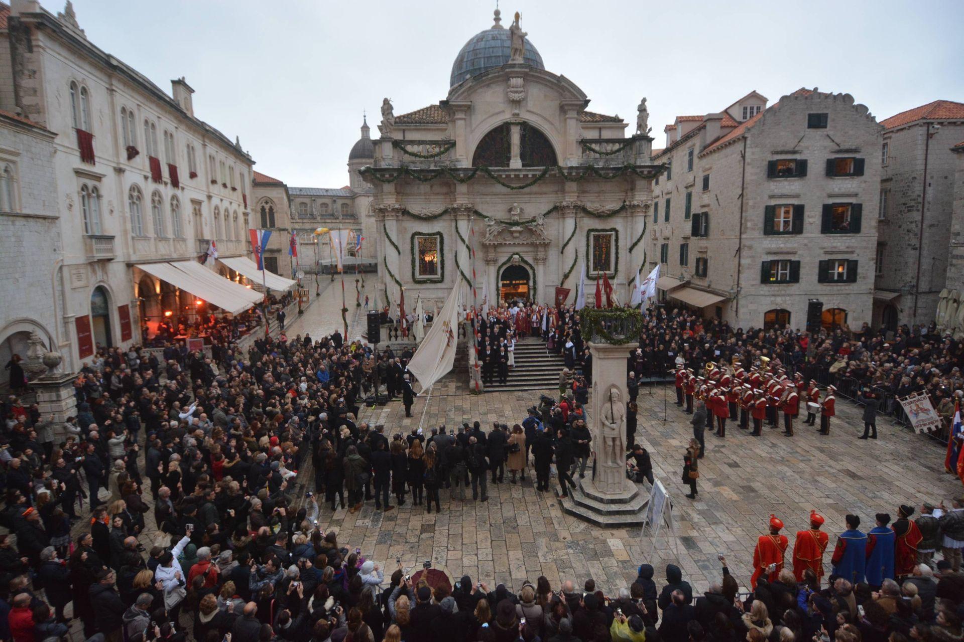 Veleposlanik Crne Gore odao počast braniteljima Dubrovnika