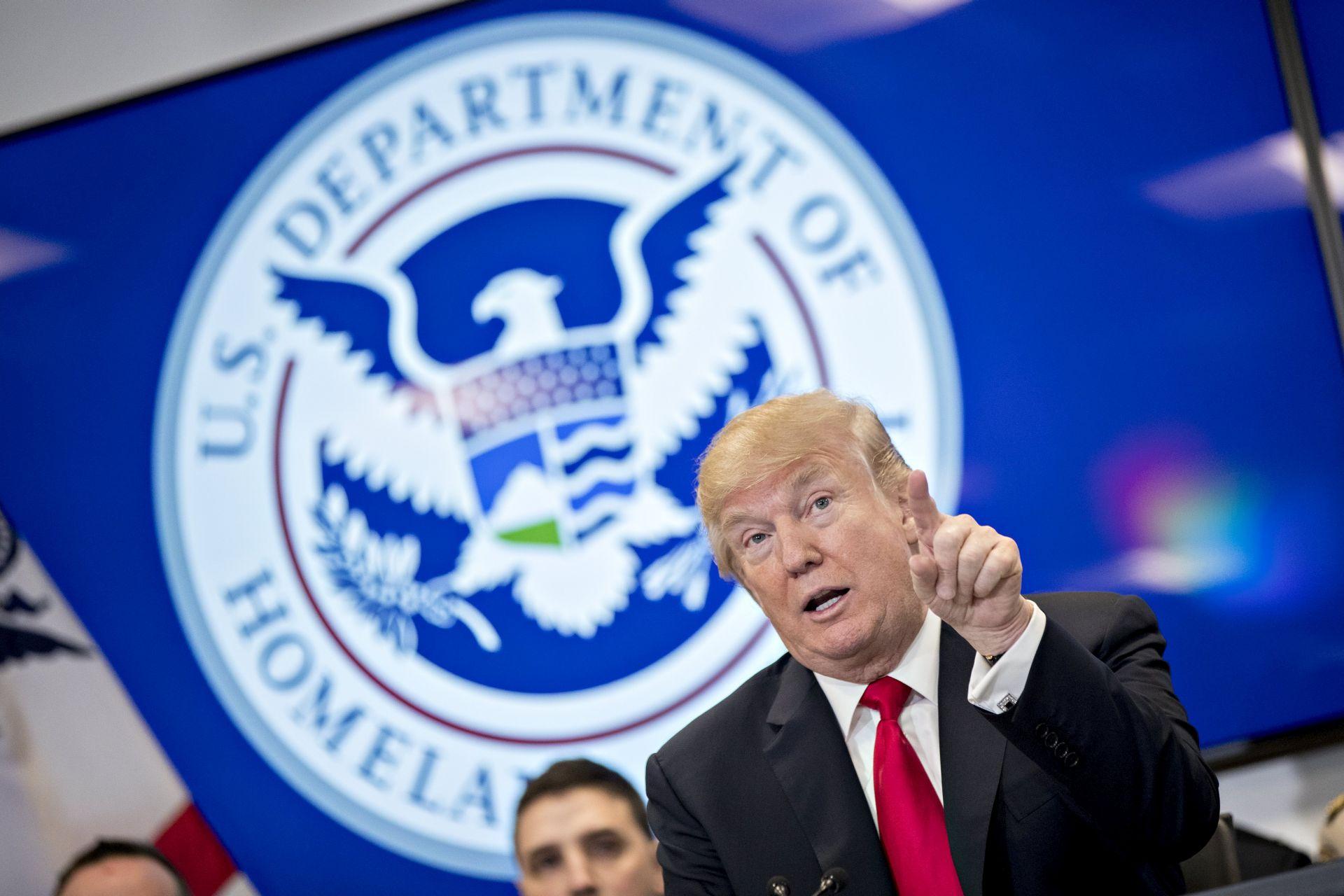 Trump kaže da ga memorandum oslobađa krivnje u ruskoj istrazi