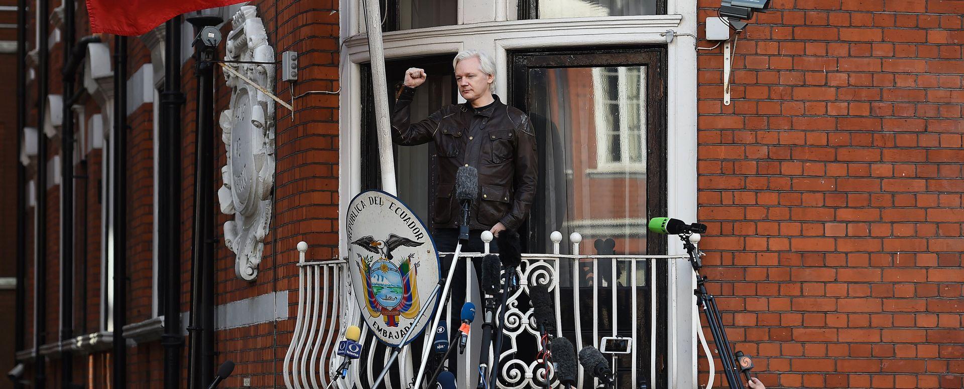 """Ekvadorske vlasti traže """"izlaz"""" za Assangea"""