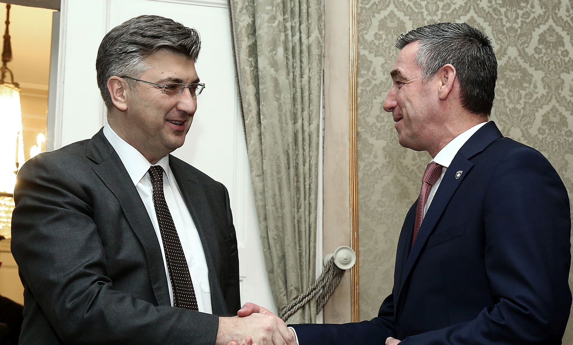 Plenković dao potporu Kosovu u procesu europskih integracija