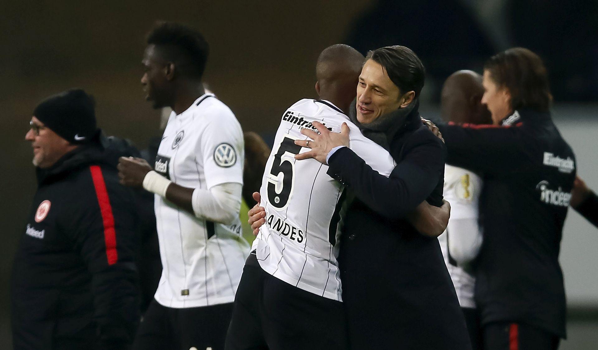 Eintracht u polufinalu Kupa, pogodak Rebića