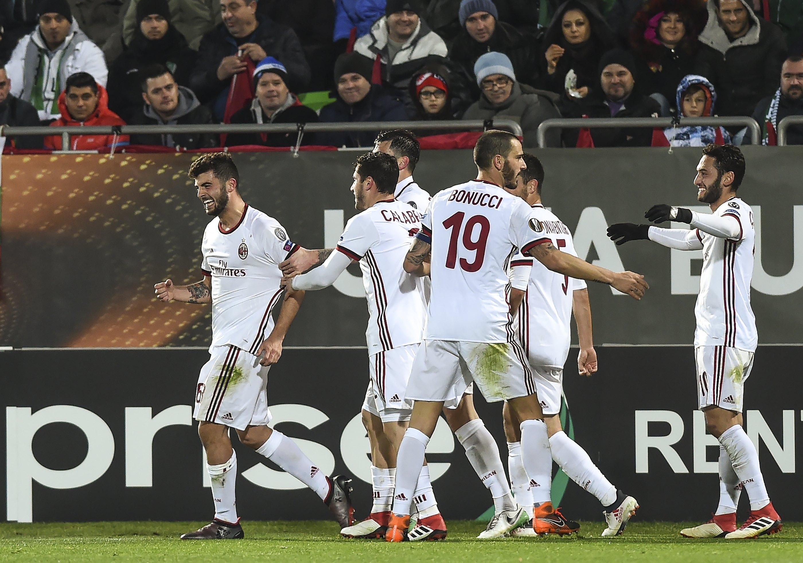 Milan slavio u Bugarskoj, Borussija bolja od Atalante