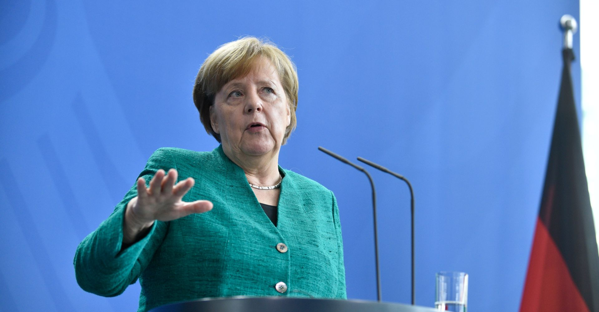 "MERKEL ""U Njemačkoj ima puno antisemitzima"""