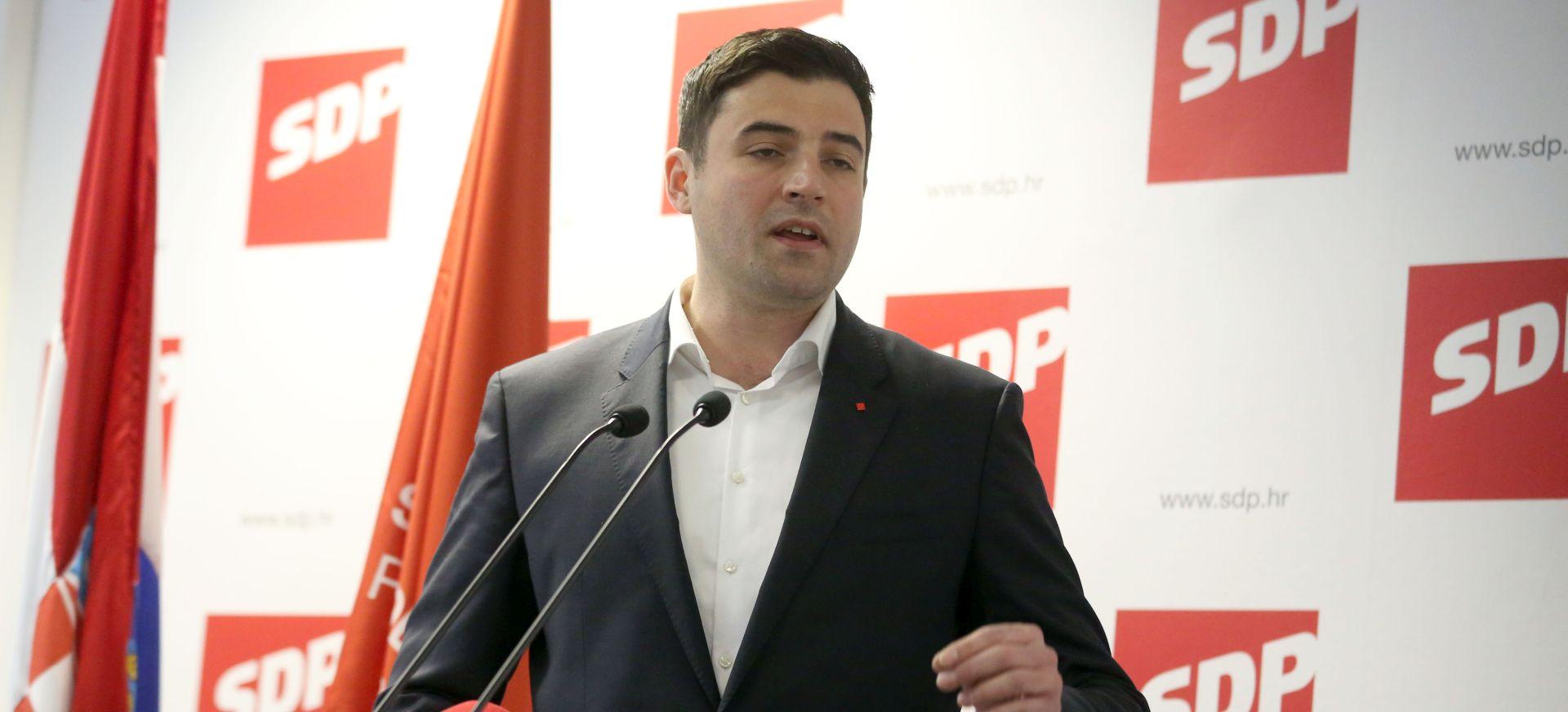 """BERNARDIĆ: """"Plenković je neodlučan i nesposoban, sakrio se iza skuta Zvonka Kusića"""""""