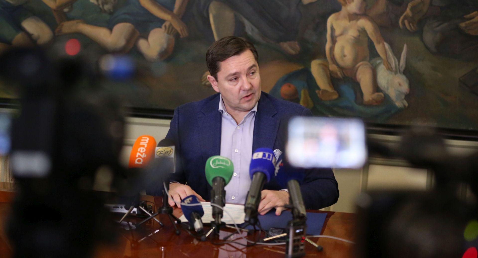 """MIKULIĆ: """"Predlažem gradonačelniku Bandiću da volontira"""""""