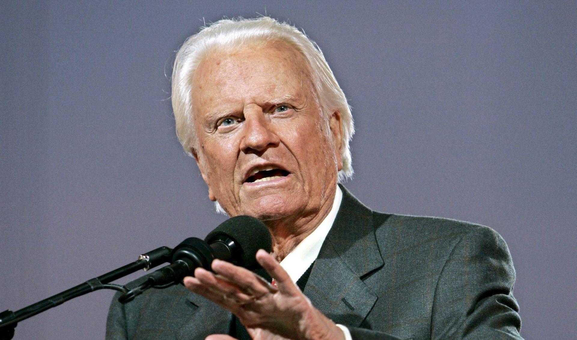 Amerika tuguje za omiljenim propovjednikom Billyjem Grahamom