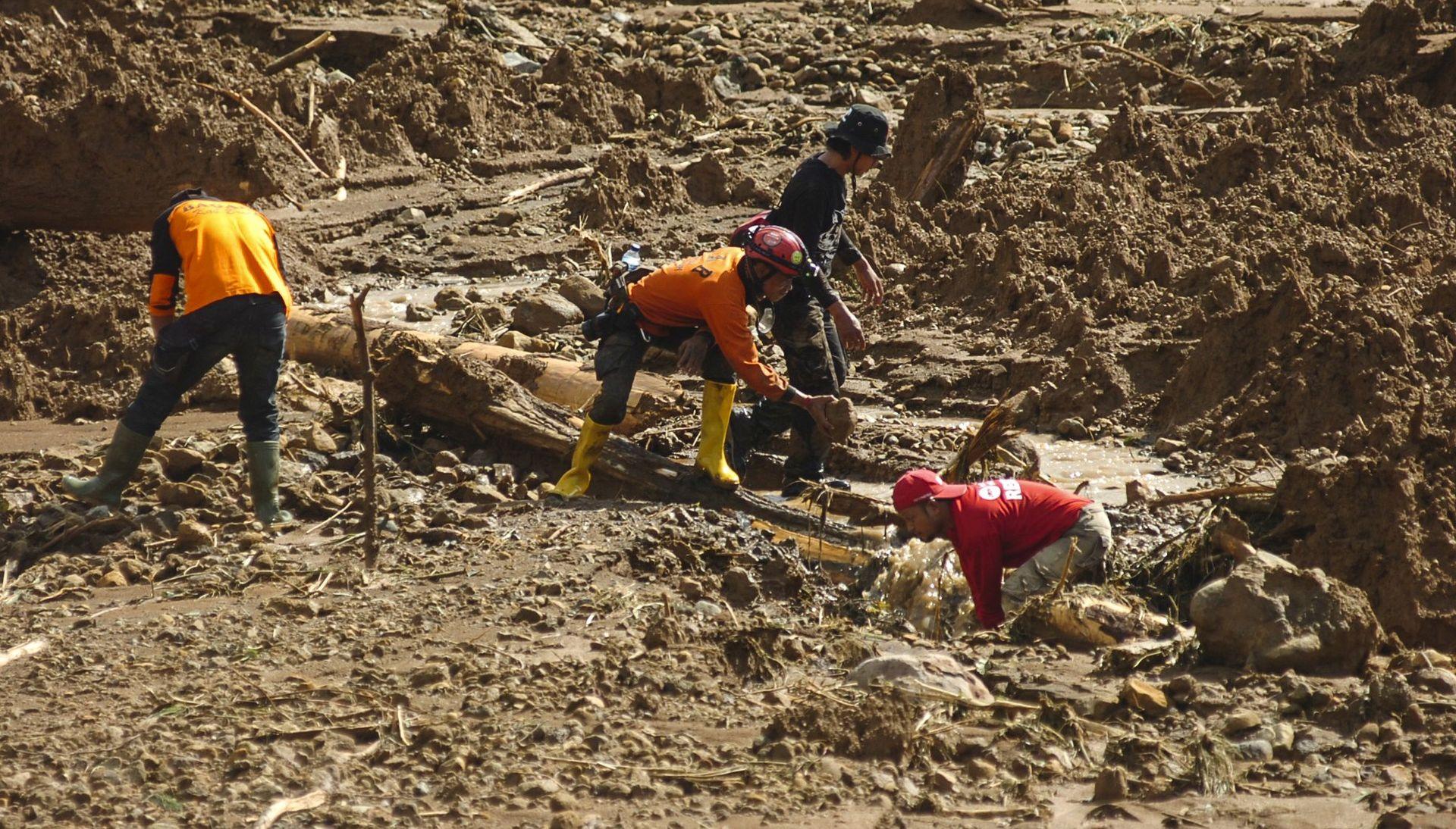 Snažan potres pogodio Papuu Novu Gvineju