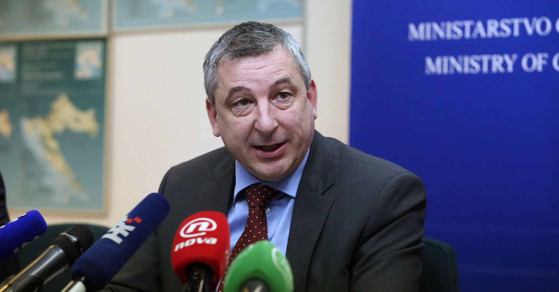 """'HNS nije promijenio stav oko pozdrava 'Za dom spremni"""""""