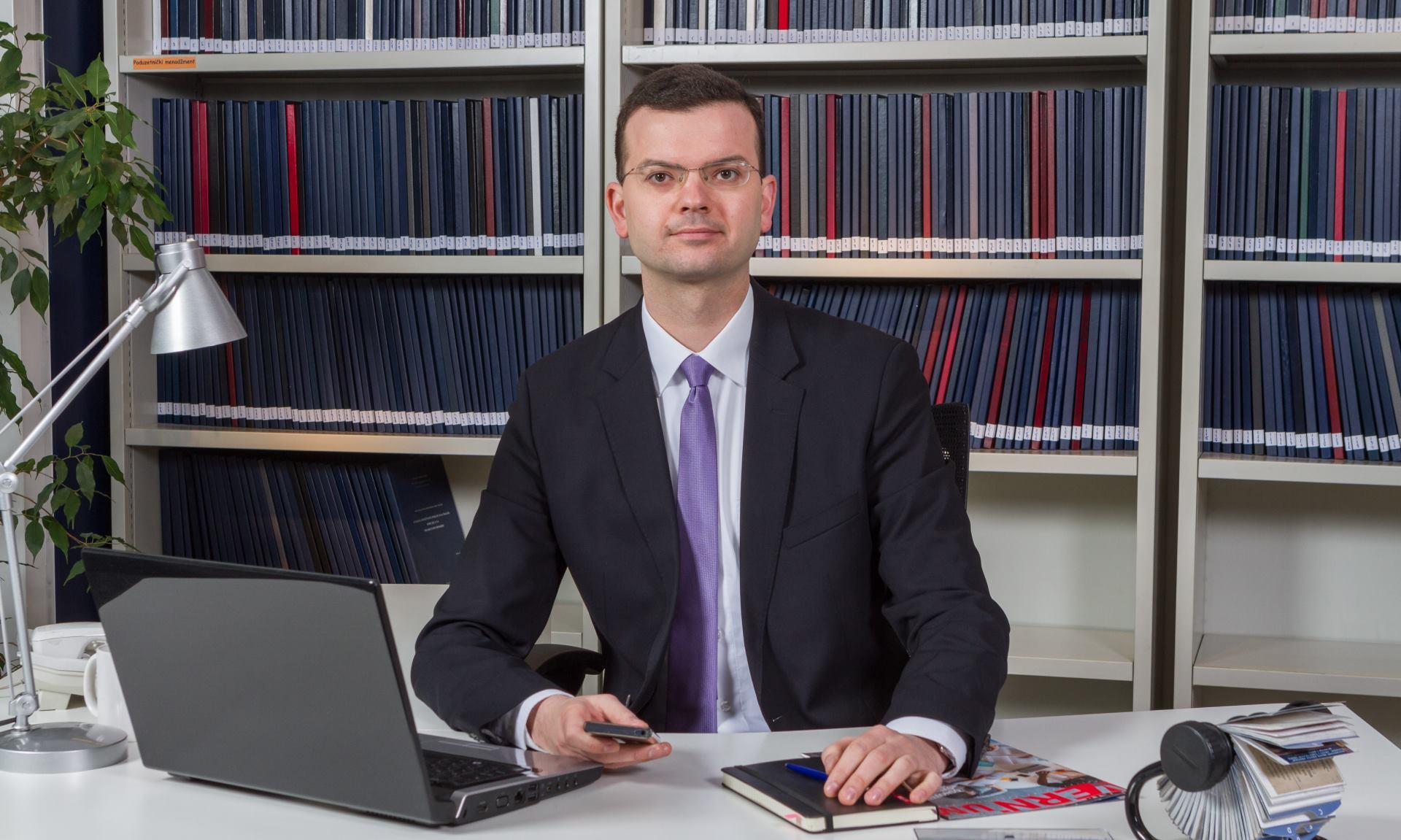 Ivo Ivančić novi glavni direktor Veleučilišta VERN'