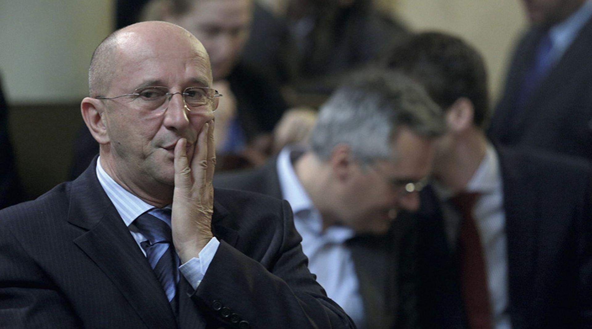 'Iziritirao me Bernardić, još nisam potpisao nagodbu i pristao na otplatu duga'