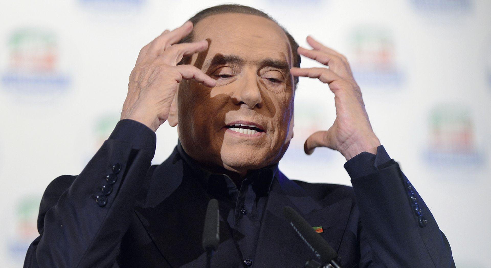 Strah od migranata i nezadovoljstvo mladih vraćaju Berlusconija na vlast