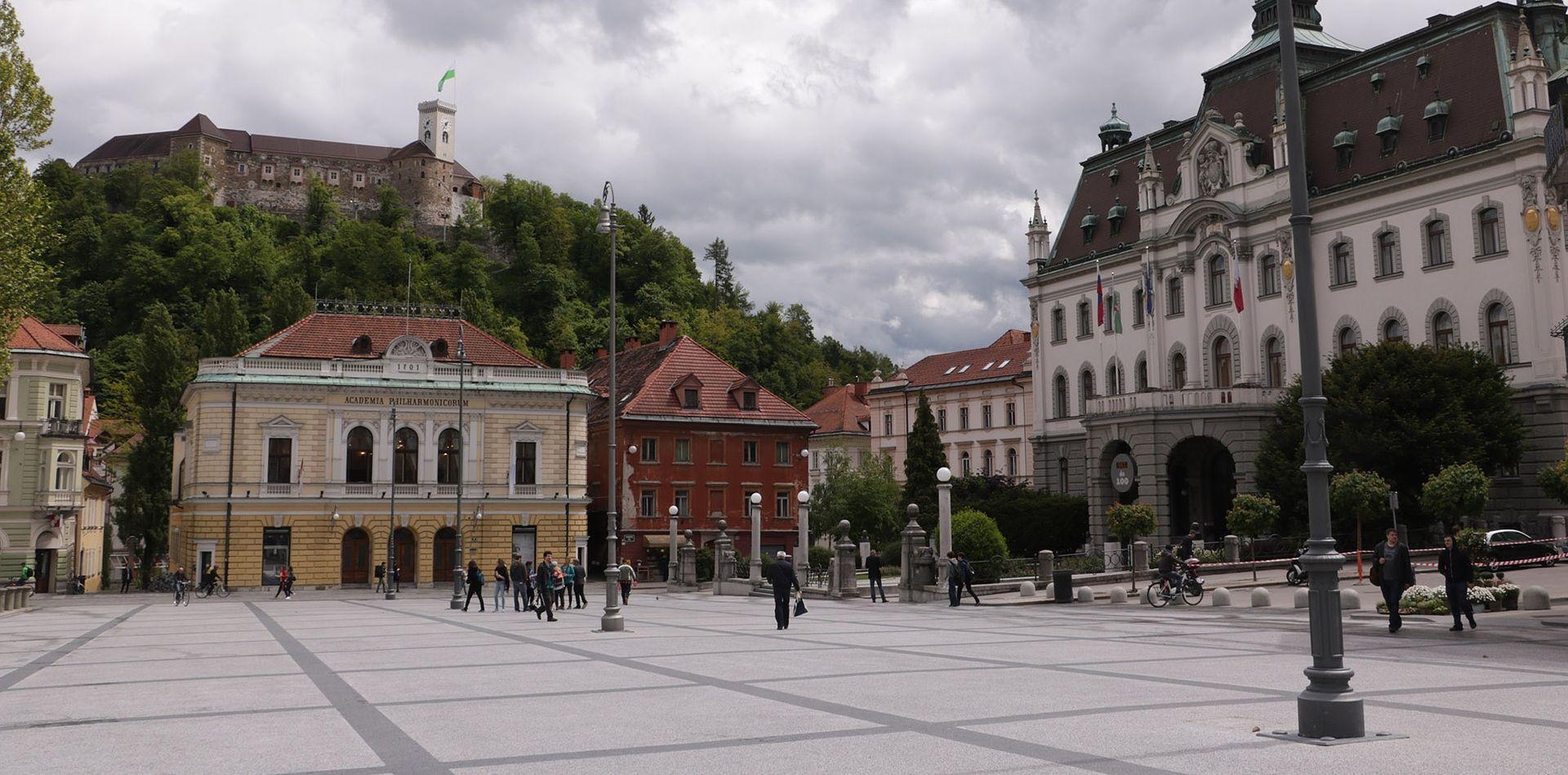 Slovenska policija spriječila obračun navijača Olimpije i Maribora