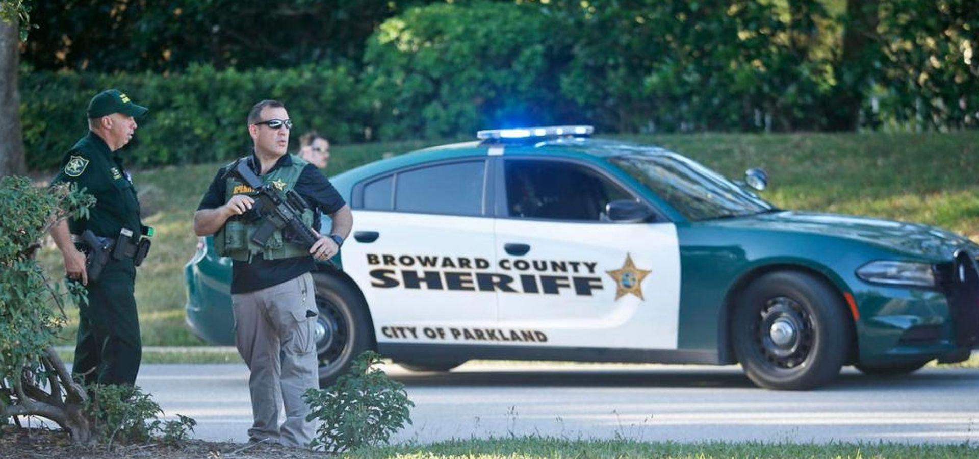 MASAKR NA VALENTINOVO: 17 mrtvih u školskoj pucnjavi na Floridi, napadač bivši učenik