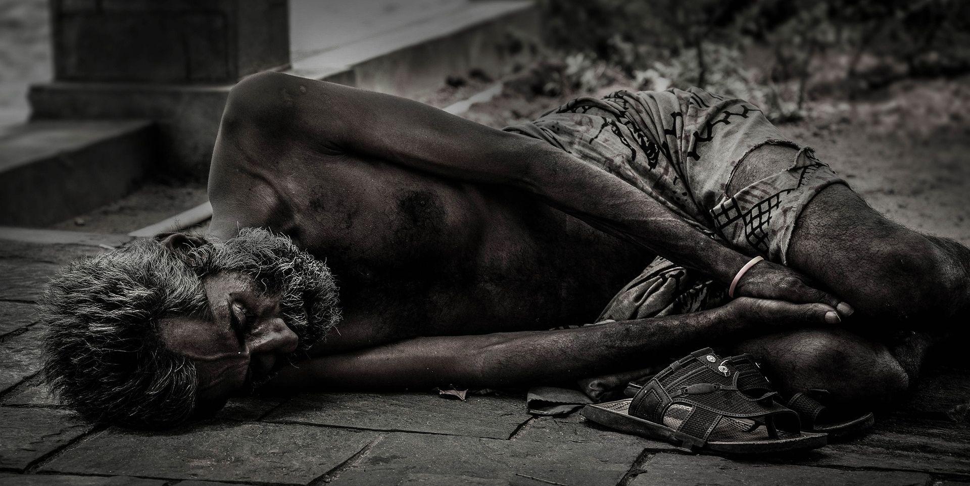LORA VIDOVIĆ: Svaka peta osoba živi u riziku od siromaštva