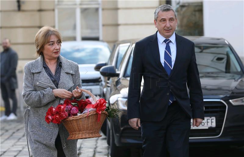 """Štromar: Kolegica je nosila košaru sa cvijećem da bi """"malo pomogla"""""""
