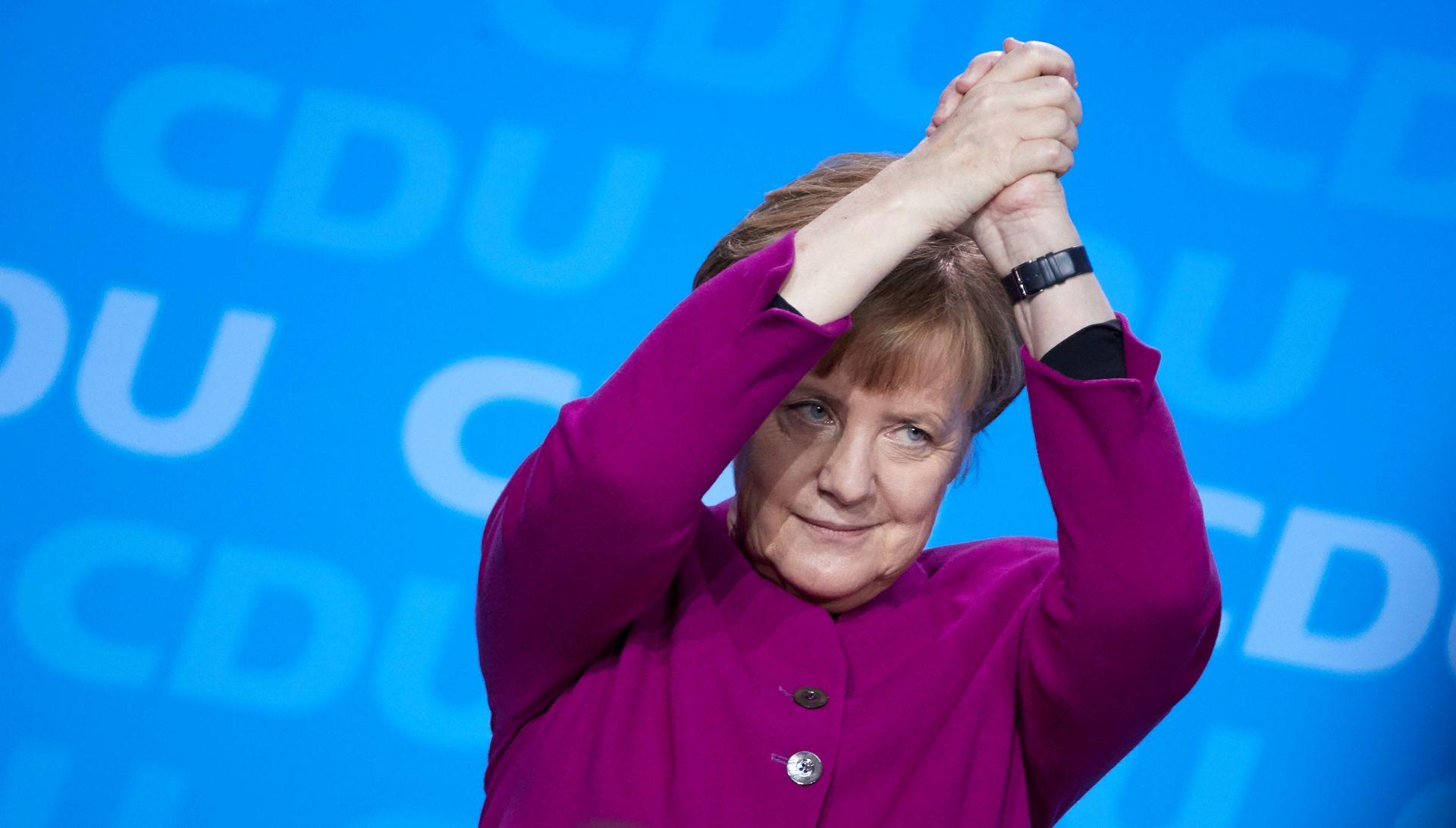 VIDEO: Angela Merkel primila indijskog premijera Narendru Modia