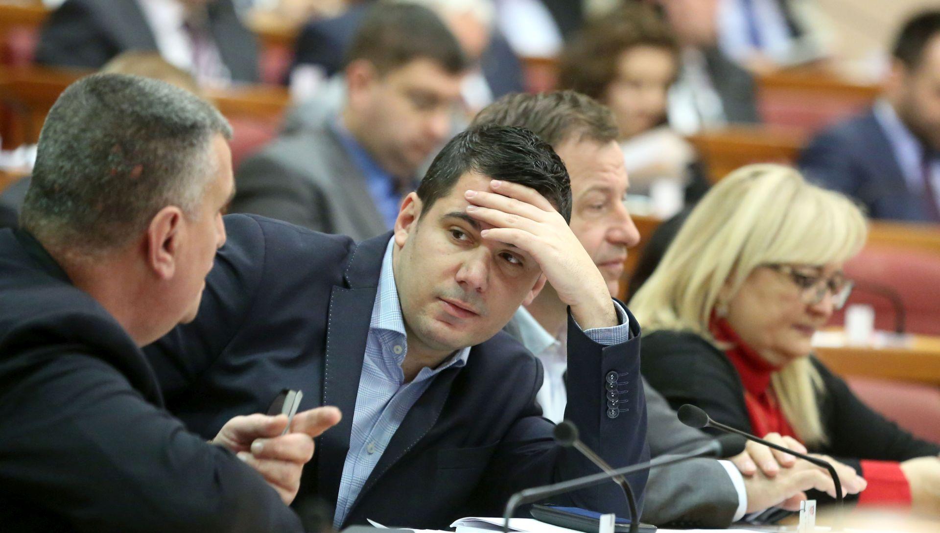 Sabor donio Zakon o OPG-u; HSS i Most napustili sabornicu