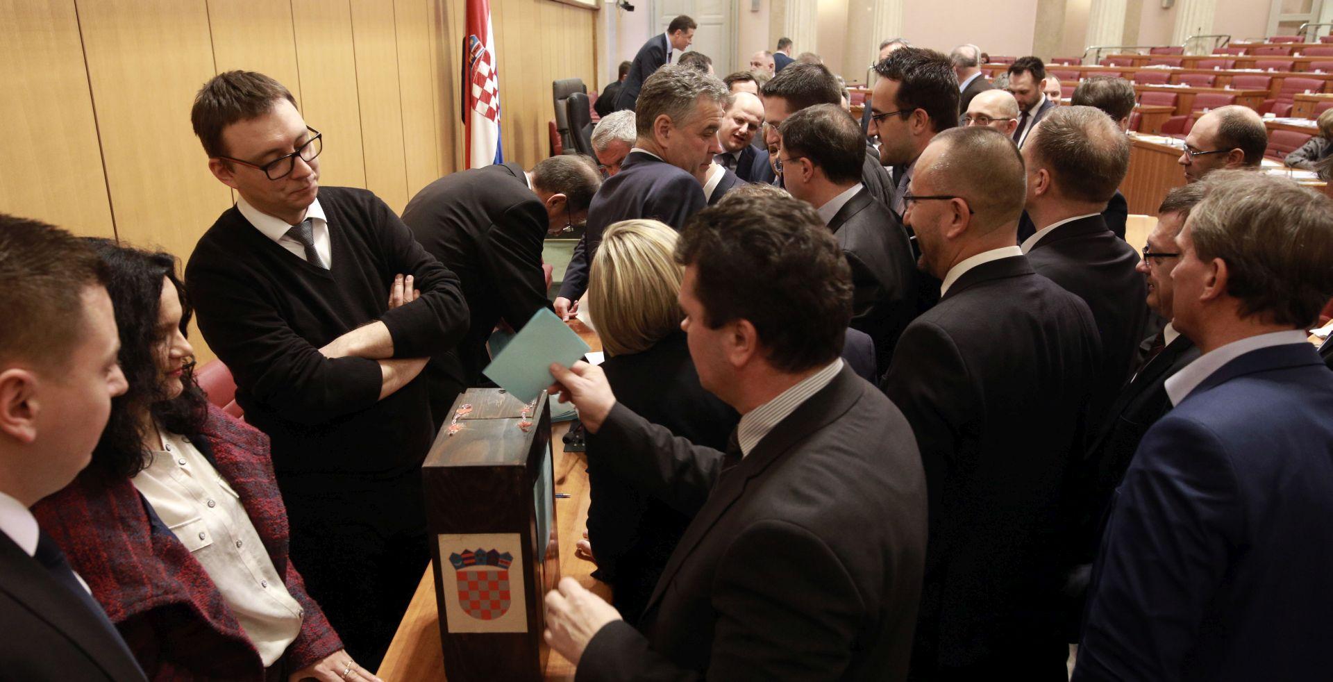 Novaković nova predsjednica Povjerenstva, dobila potrebnih 78 glasova