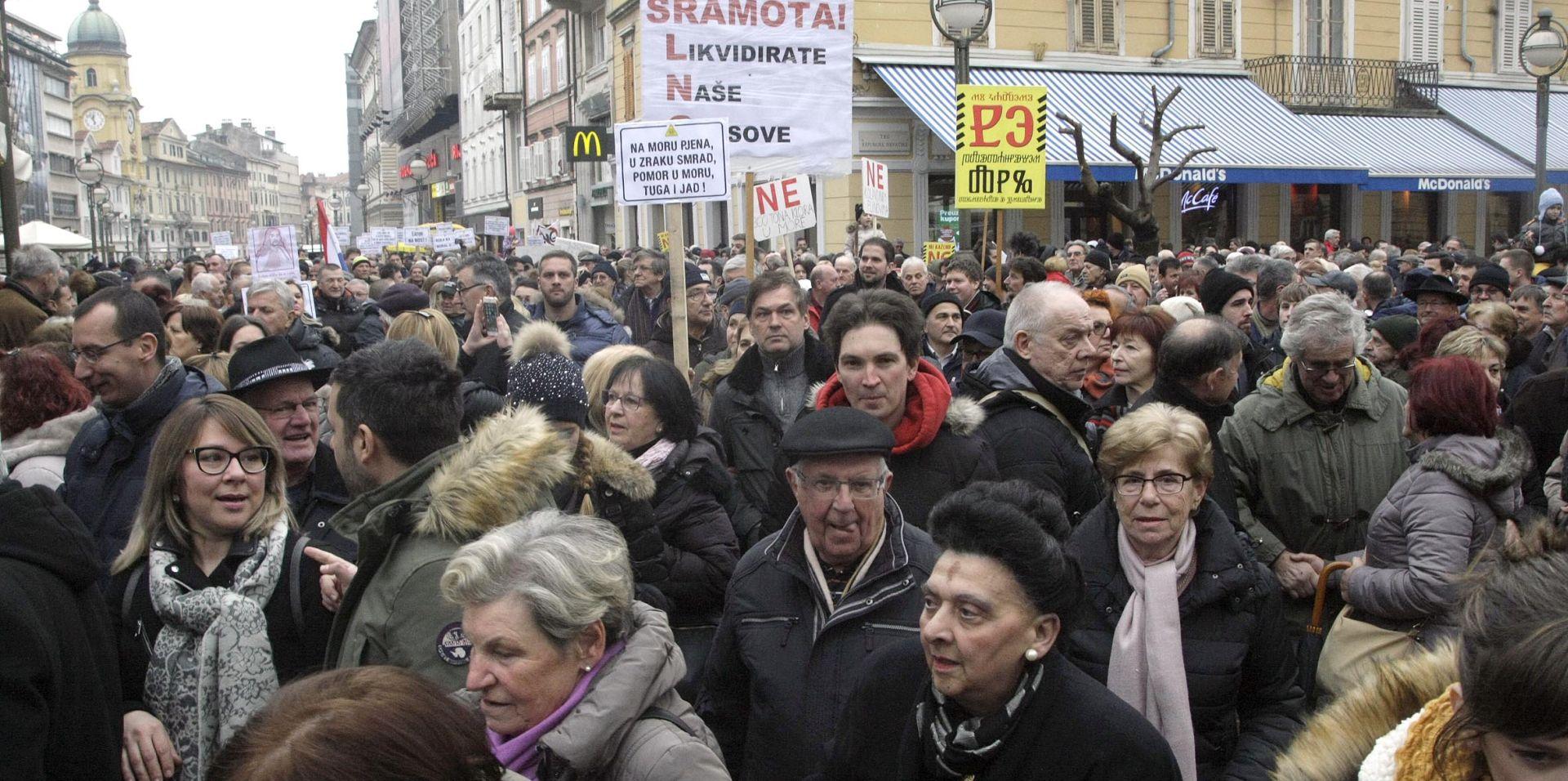 RIJEKA Nekoliko tisuća građana prosvjedovalo protiv plutajućeg LNG terminala