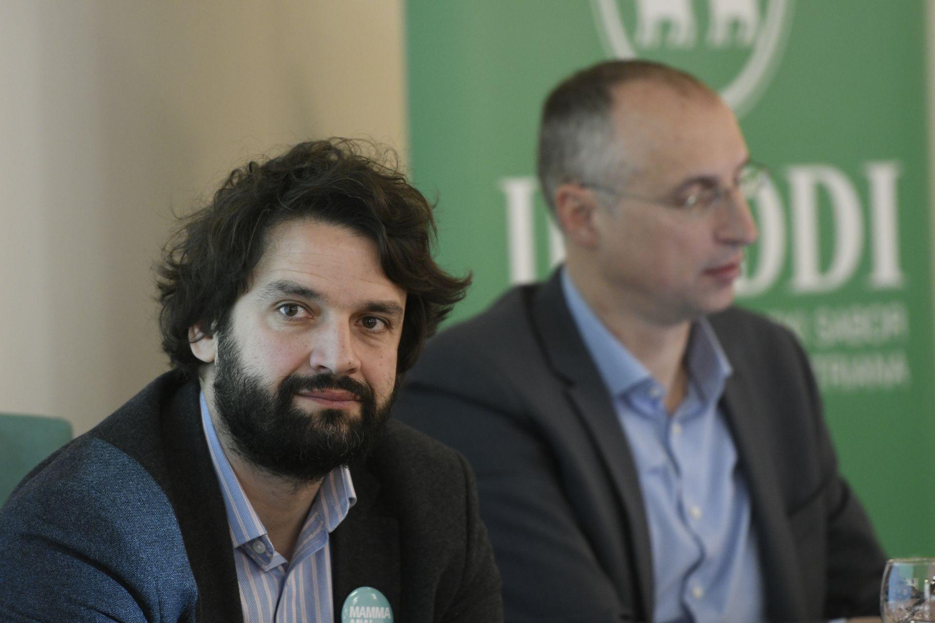 'Ono što se radi nema baš pune veze skurikularnom reformom'