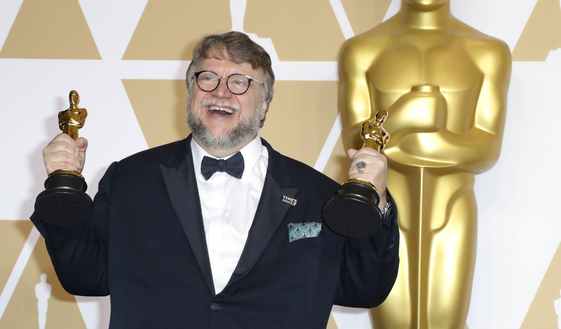 Vraća se osvajač Oscara Guillermo del Toro i to sa dva filma istovremeno
