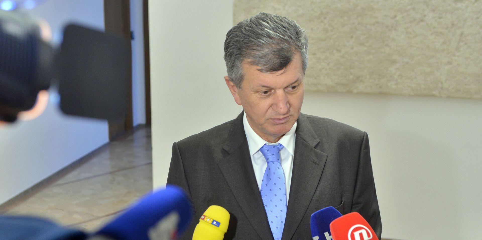 'Odlazak ministrice Dalić ovisi o analizi mailova