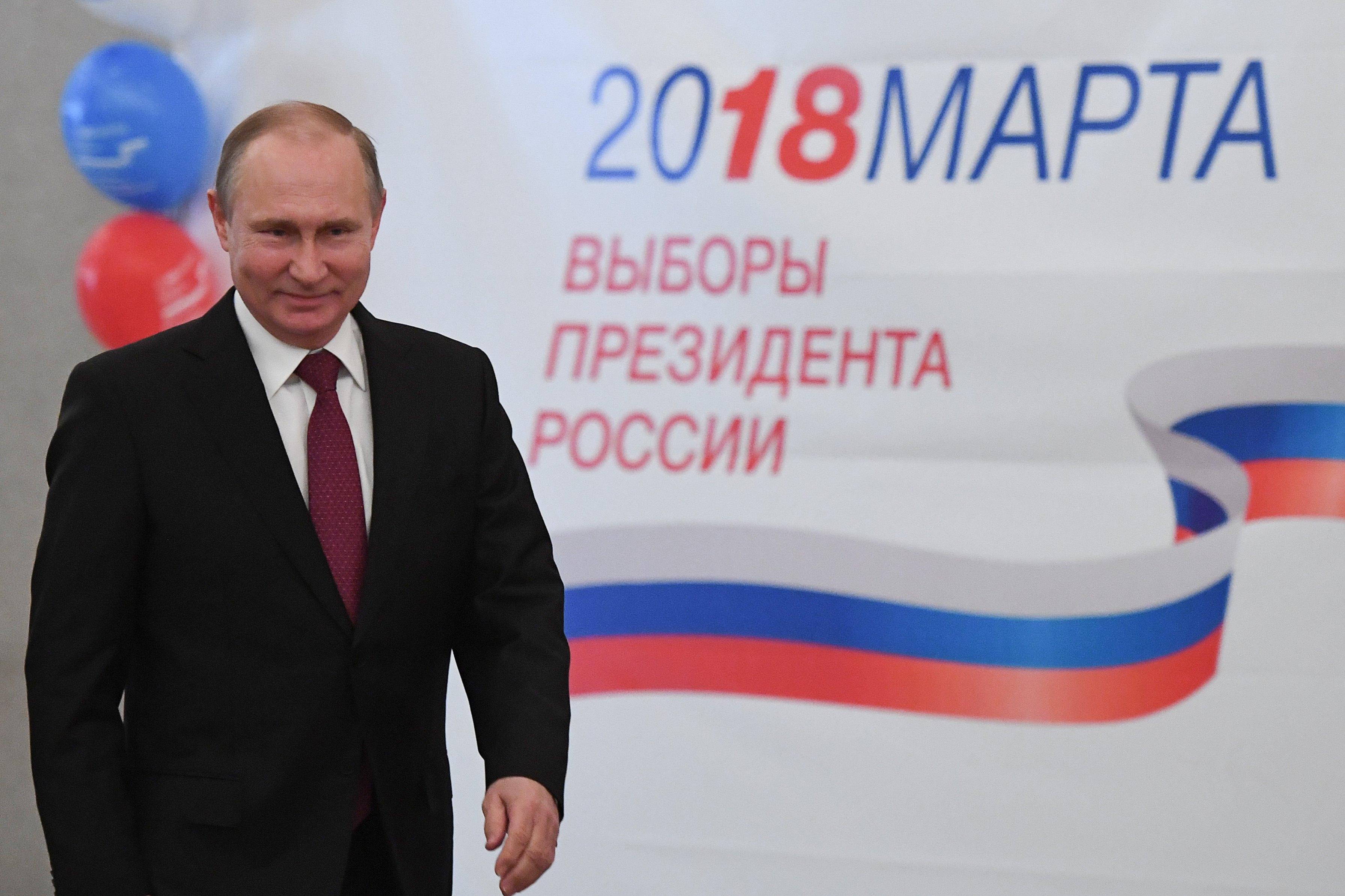 Putin uvjerljivo pobijedio na izborima u Rusiji