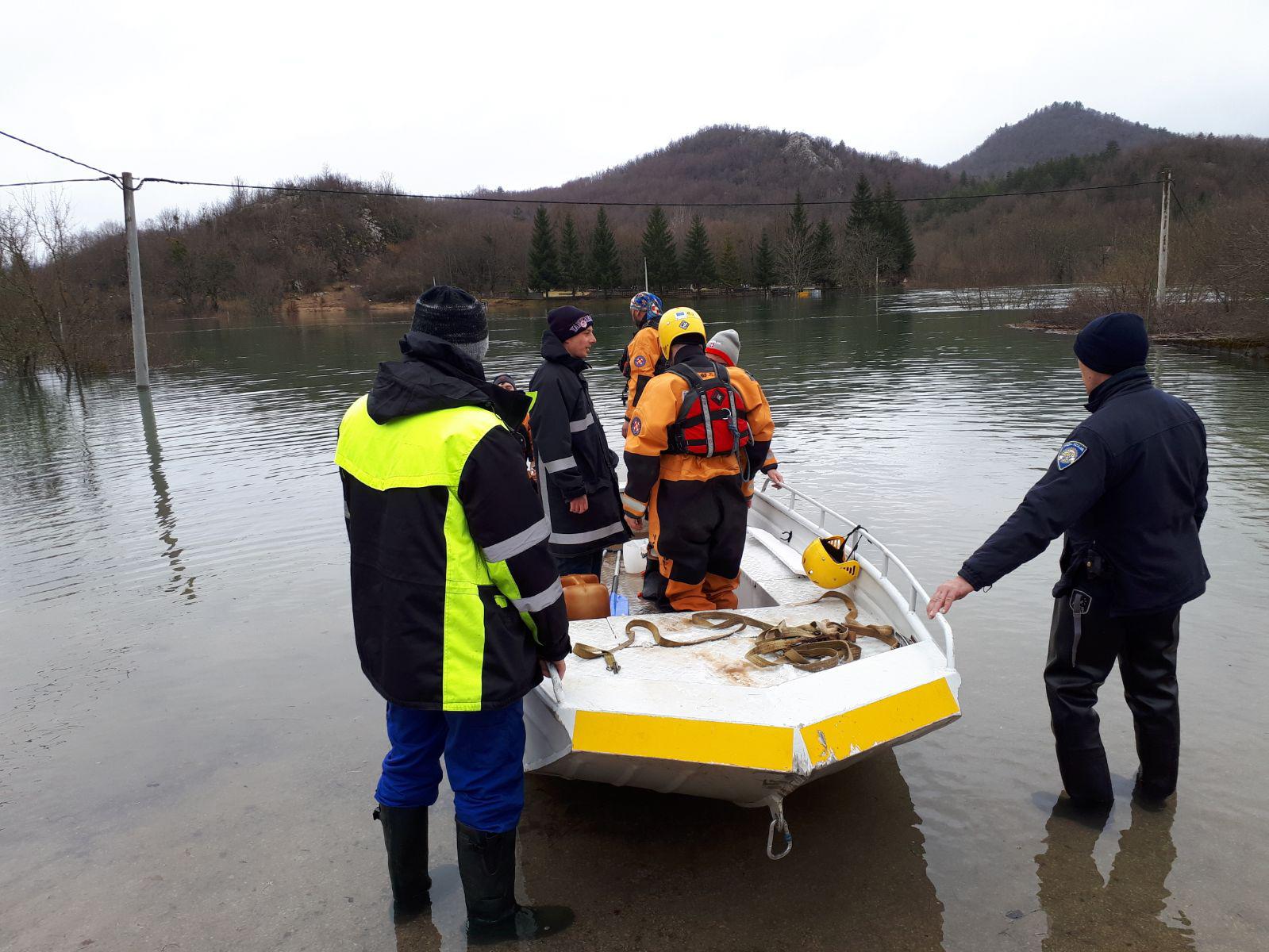 KOSINJE Proglašeno izvanredno stanje obrane od poplave