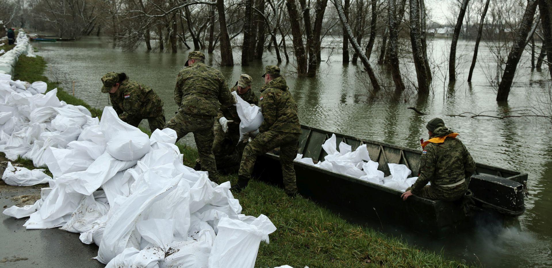 Na tri lokacije u Sisačko-moslavačkoj županiji 253 vojnika