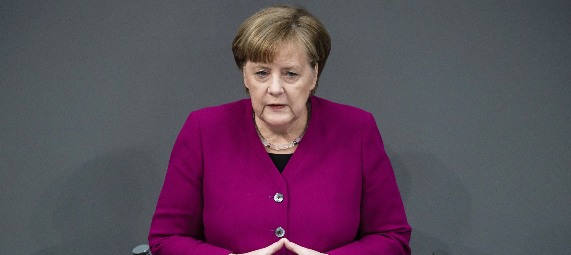 "MERKEL ""Europa mora biti solidarna s migrantima"""