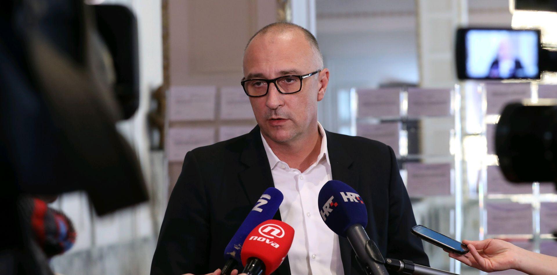 """VRDOLJAK """"Srpskim političarima vrijeđanje je hobi"""""""