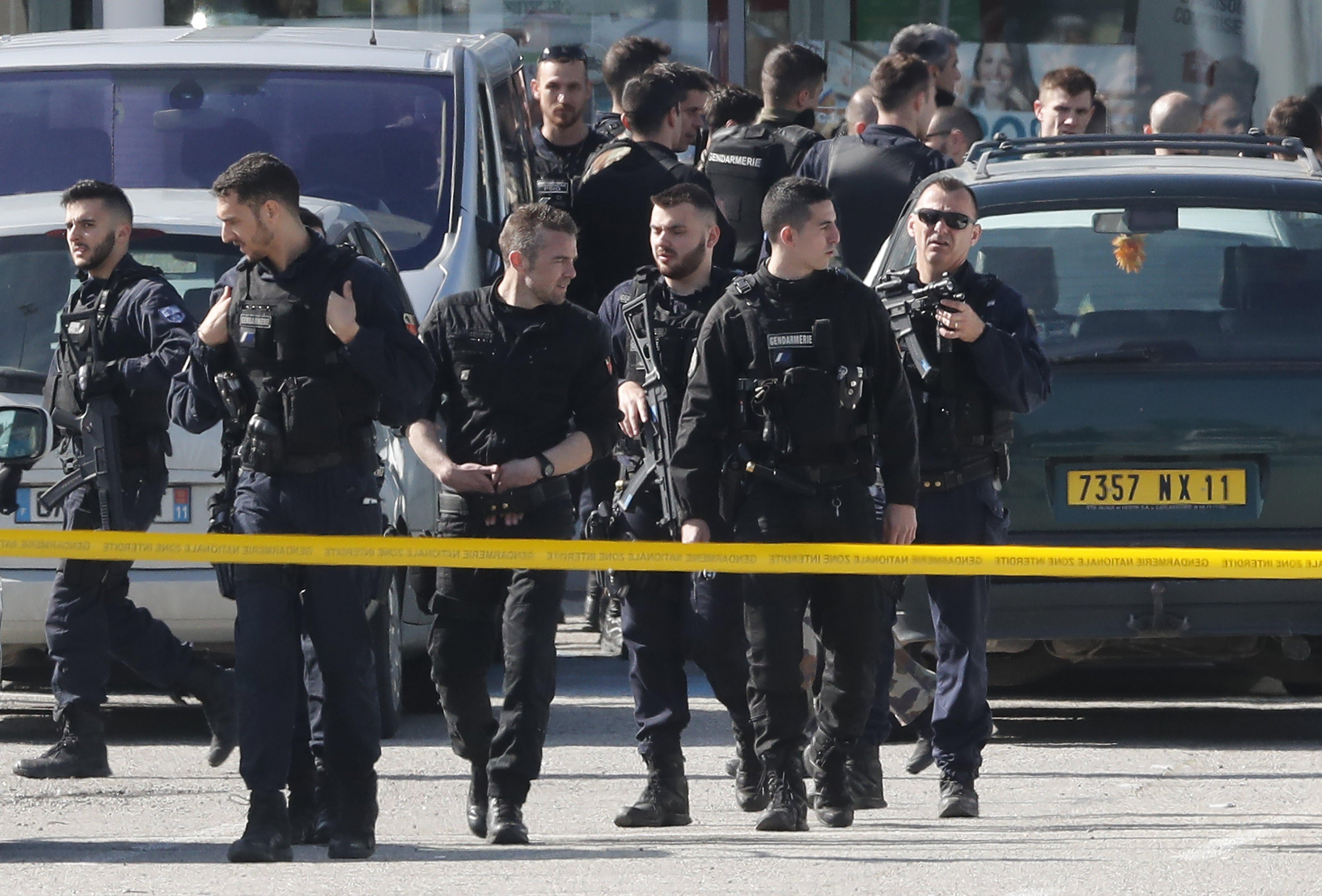 FRANCUSKA Okončana talačka kriza, policija ubila napadača