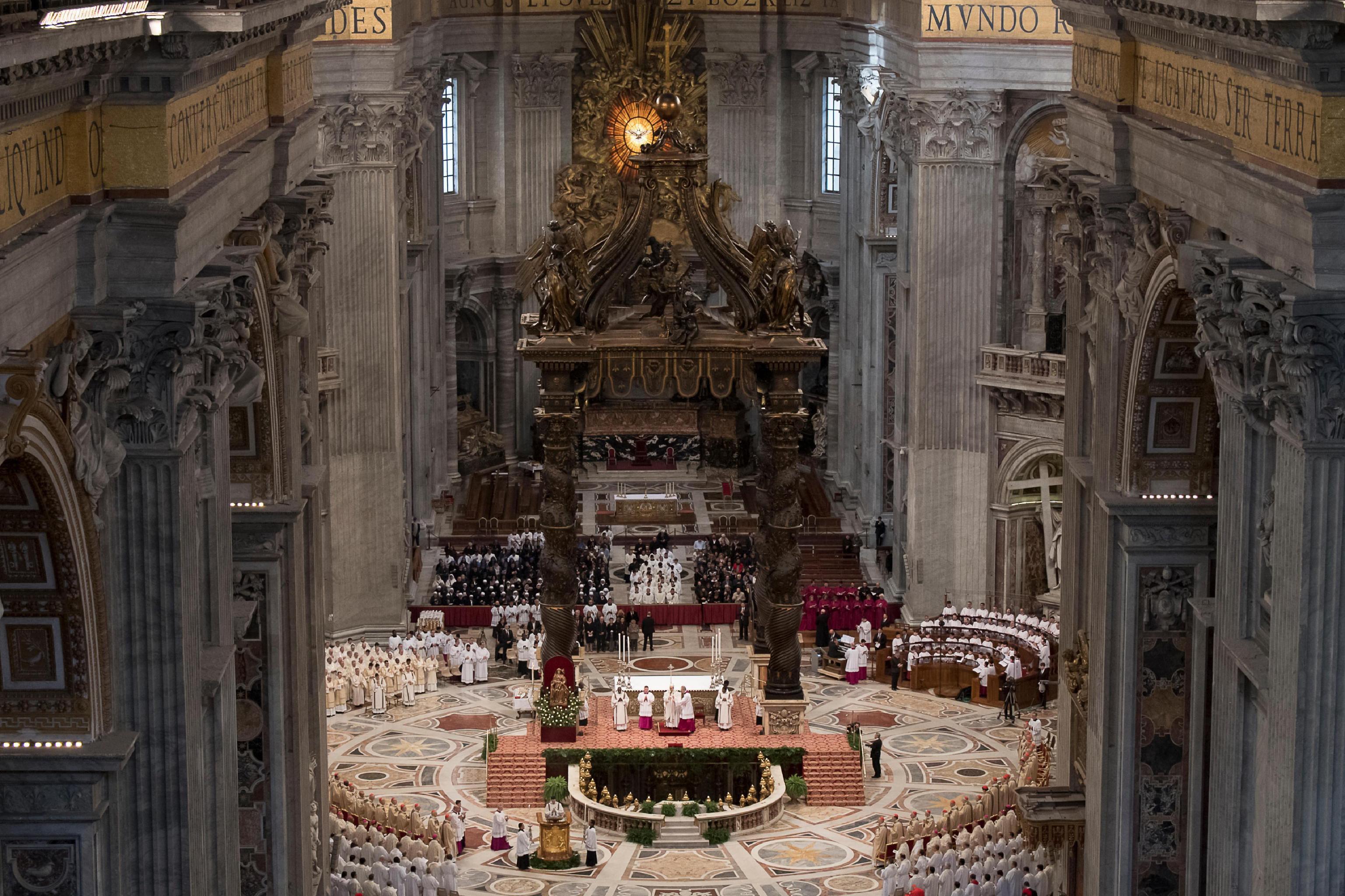 Papa Franjo oprao noge zatvorenicima na Veliki četvrtak