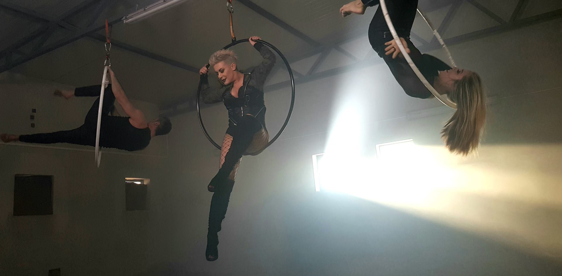 VIDEO: Indira Levak objavila treći samostalni singl 'Greška mog života'