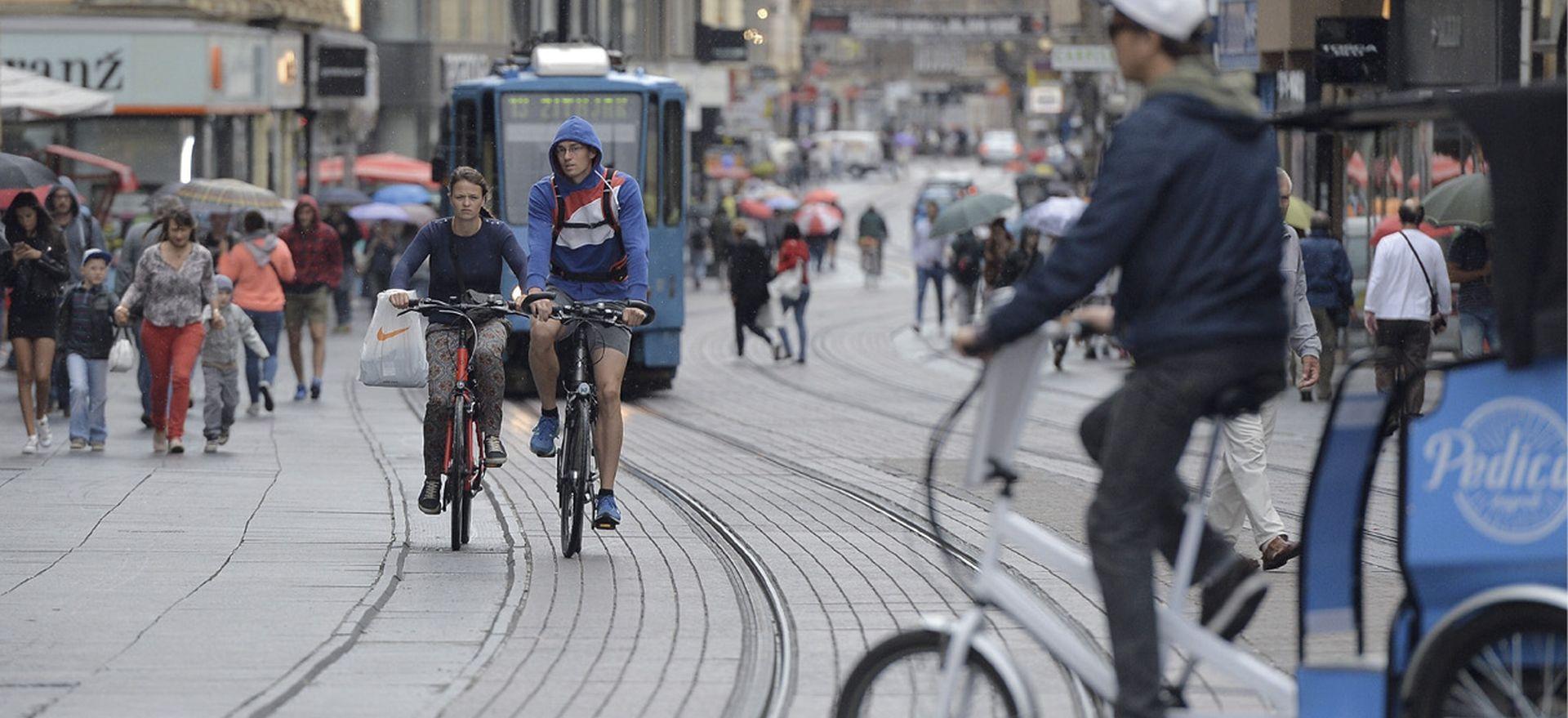 'Vozači, oprez: motociklisti i biciklisti dolaze'