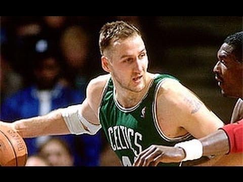 Dino Rađa u košarkaškoj Kući slavnih