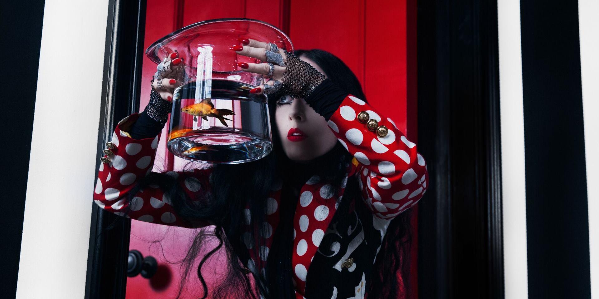 FOTO: Stilistica i dizajnerica kostima Bea Åkerlund poigrava se prihvaćanjem sebe