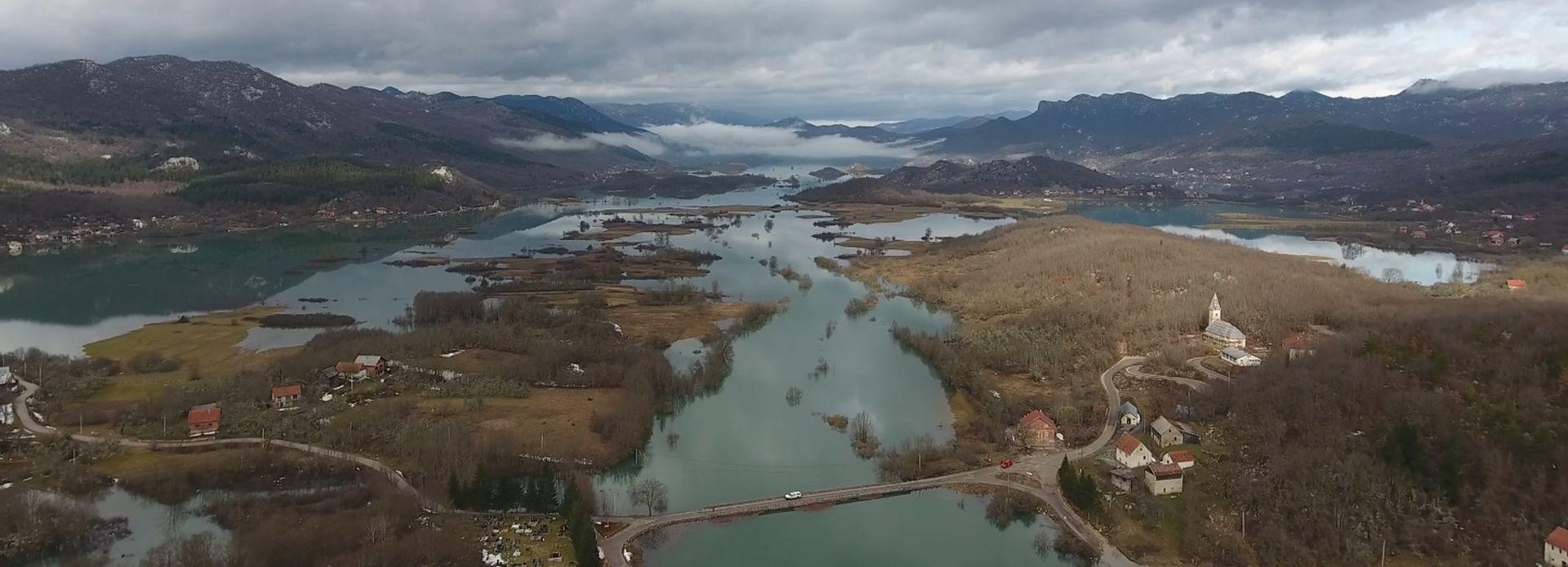 VIDEO: Pogledajte snimke poplavljenog Kosinja iz zraka