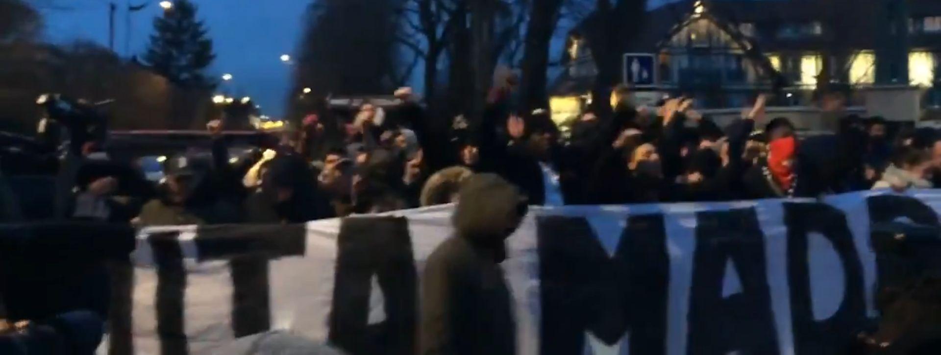 VIDEO: Navijači PSG-a budili igrače Reala pred hotelom