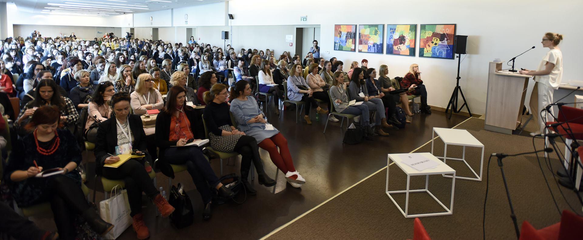 Održana dvodnevna konferencija 'Mliječni zub: Kako komunicirati s djecom novog doba'
