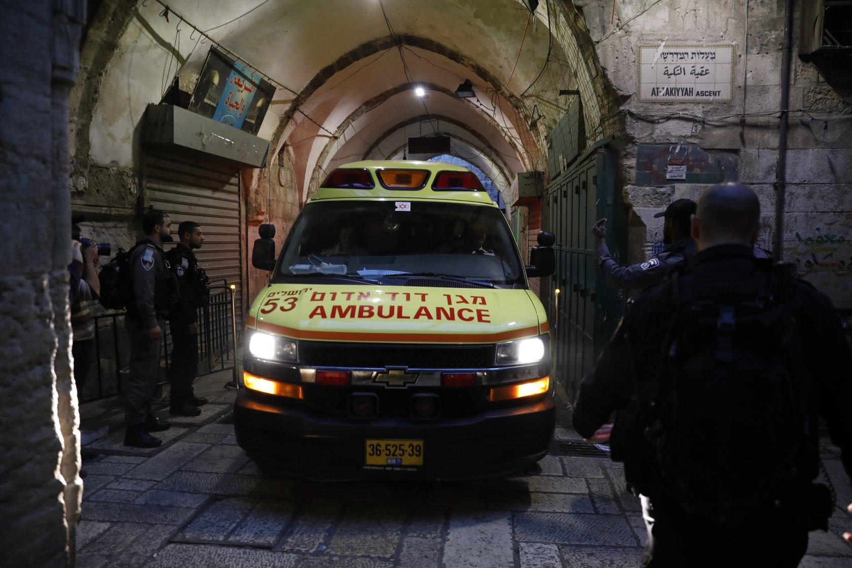 JERUZALEM Izraelac teško ozlijeđen, napadač Palestinac ubijen