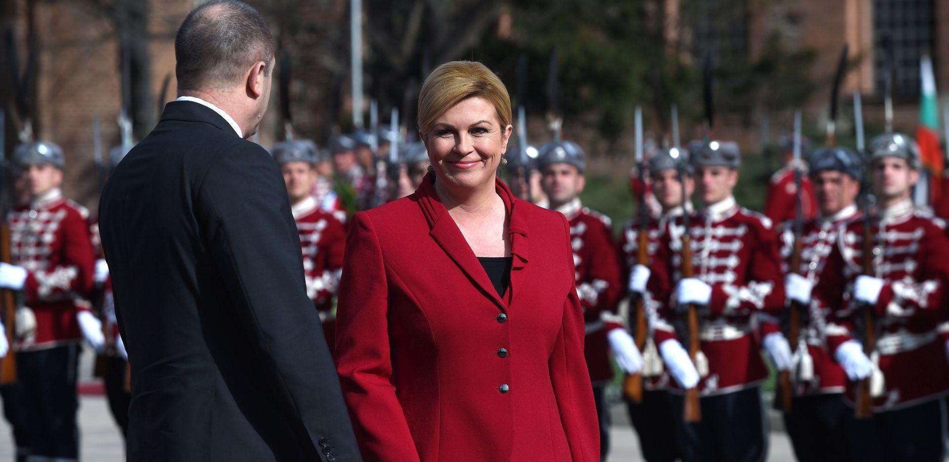 Grabar-Kitarović poziva na dijalog s Rusijom
