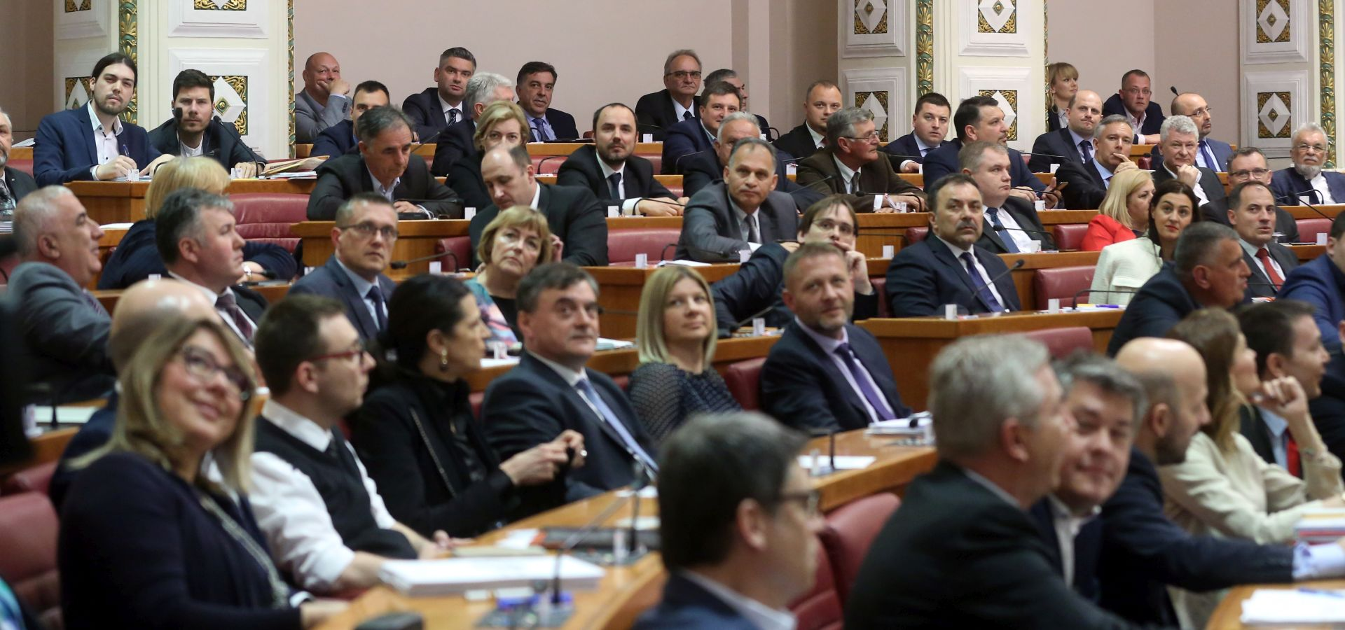 SABORSKI ZASTUPNICI 'U Hrvatsku se uvozi škart roba'