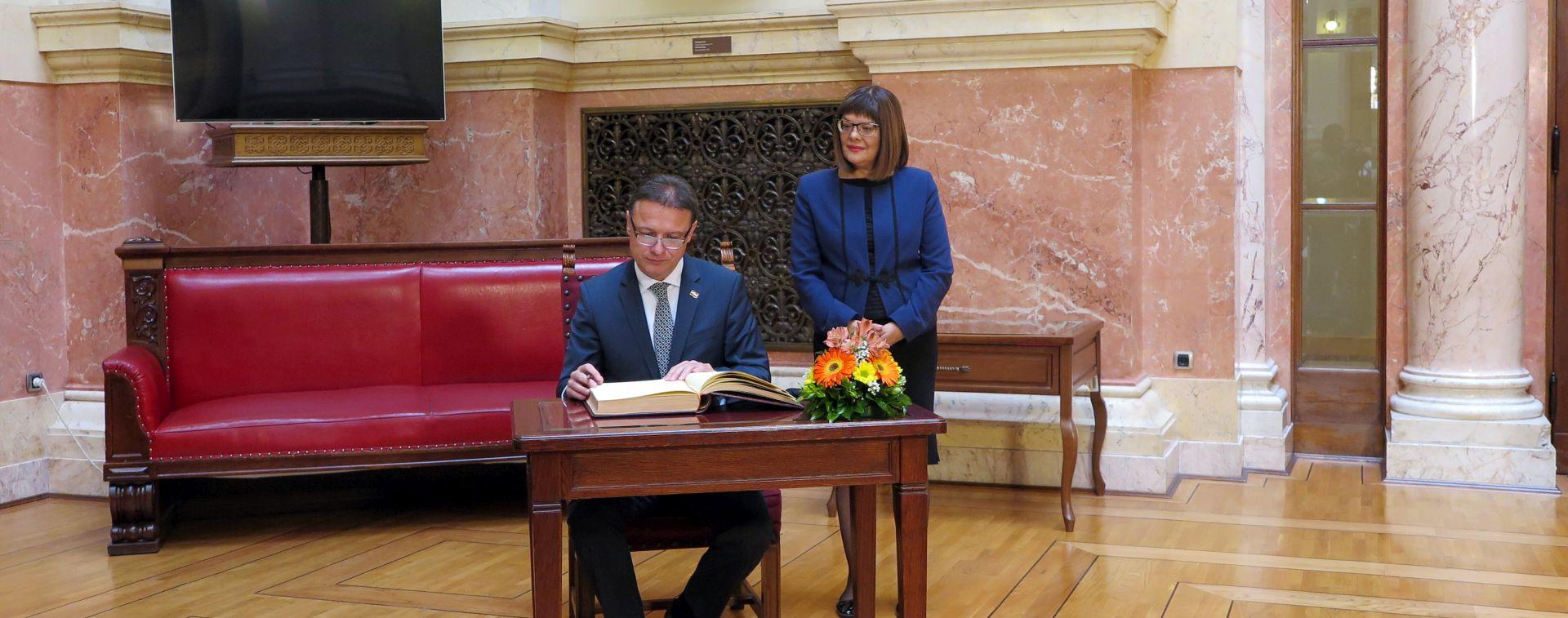 """JANDROKOVIĆ U SRBIJI """"Ovo je povijesni posjet"""""""