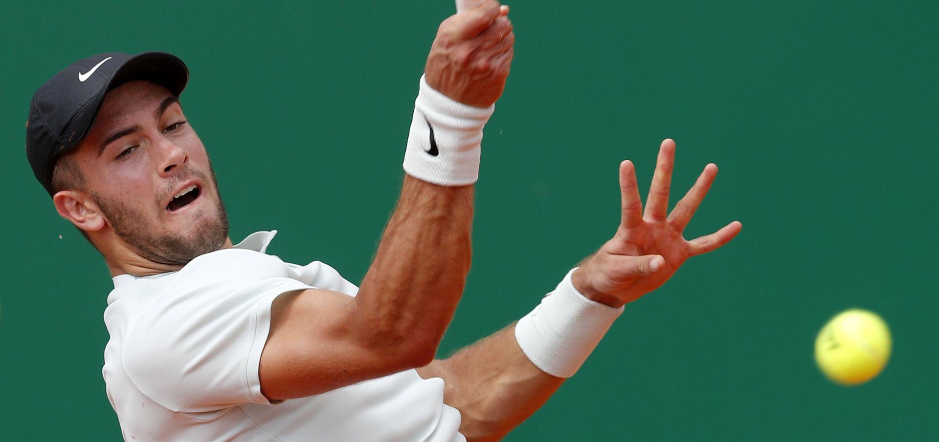 ATP HALLE Borna Ćorić uvjerljivo do četvrtfinala