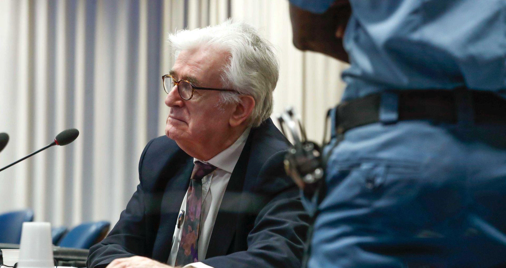 Karadžić kaže da ništa nije znao o zločinima i traži oslobađanje