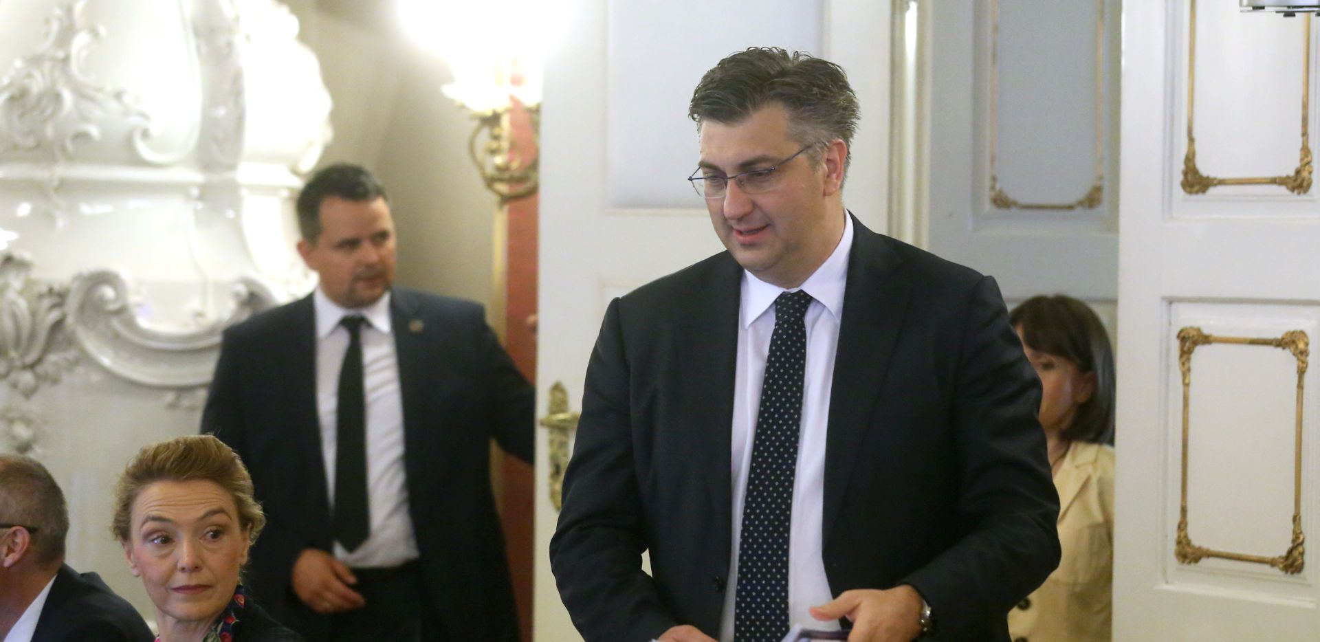 PLENKOVIĆ 'Cilj porezne reforme je rasterećenje građana i poduzetnika'
